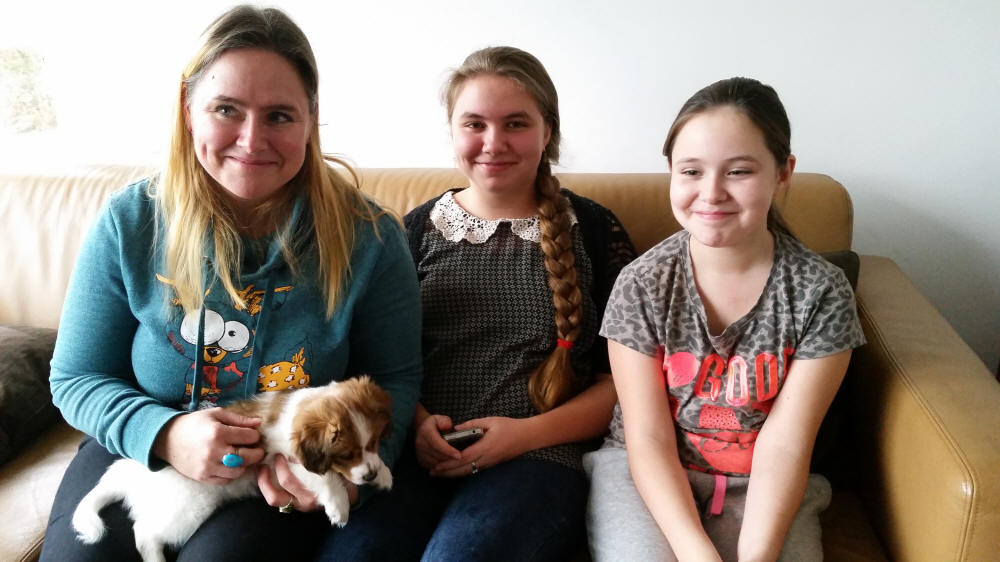 Saar (Anou) met Lisette, Julie en Laura